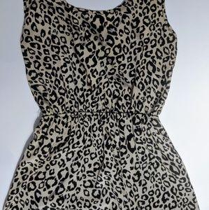 Francesca's Leopard Print W Open Back & Bow Dress
